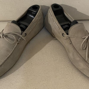 extremely gorgeous extravagant elegant unique genuinely suede moccasins loafers by Tods size 43 in excellent condition