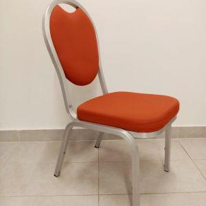 Καρέκλες με Μεταλλικό Σκελετό και Ύφασμα