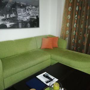 Πωλείται γωνιακος καναπές