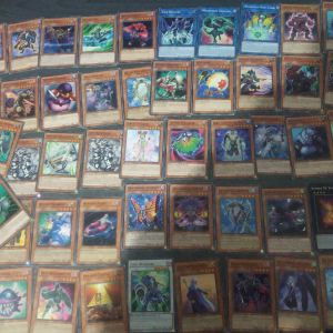 Ποσότητα Αυθεντικών Καρτών Yu-Gi-Oh! (Οι 300 στα 10)