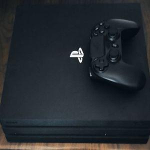 PS4 PRO 1TB με 46 παιχνίδια σε Digital μορφή