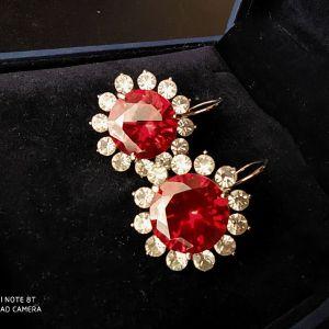 Σκουλαρίκια με μεγάλη κόκκινη πέτρα