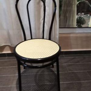 Πωλούνται καινούργιες καρέκλεςες Βιέννης