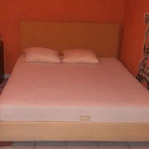 Διπλό κρεβάτι με στρώμα