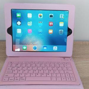 Ipad 3 32GB μαζι με ροζ θηκη και πληκτρολογιο!