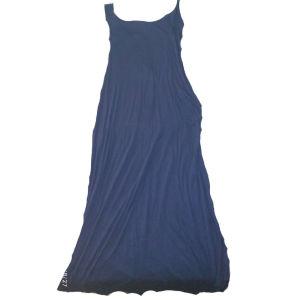 Μακρύ μπλέ φόρεμα