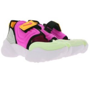 Nike αθλητικά παπούτσια ολοκαίνουργια