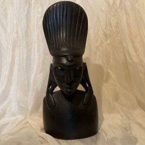 Ξυλόγλυπτο Αγαλματάκι Αφρικανού.  22 εκ. Σε αψογη κατάσταση