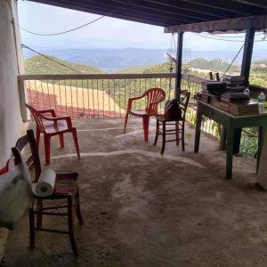 Εξοχικη κατοικία 110 τμ στην Καστάνια Λακωνίας!