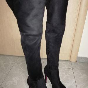Μπότες μαύρες suete με φουξ πάτο καινούριες αφόρετες 37 νούμερο