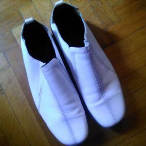 Επώνυμα Ανδρικα Παπούτσια. Δερμάτινα  Νο 43.