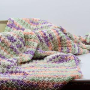 Κουβέρτα λίκνου κούνιας παιδικό κρεβάτι χειροποίητη πλέκτη Μοβ