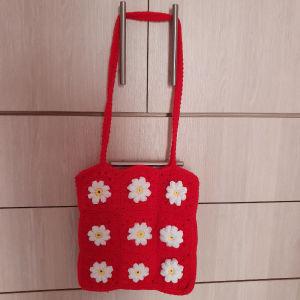 handmade crochet daisy shoulder bag