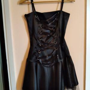 Μαύρο σατέν μίνι φόρεμα