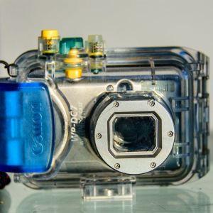 Πωλείται μεταχειρισμένη camera canon digital ixus 900ti.