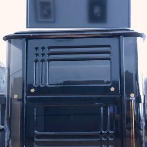 Vintage μαύρο έπιπλο-μπαρ τηλεόρασης.