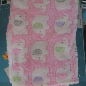 διαφορες κουβέρτουλες Φλις βρεφικες 3 ευρώ το τεμάχιο σε καλη κατάσταση