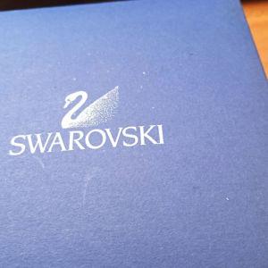 ΑΣΗΜΕΝΙΟS ΣΤΑΥΡΟΣ SWAROVSKI.