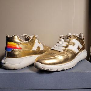 Παπούτσια γυναικεία HOGAN