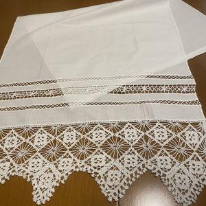 Παραδοσιακή χειροποίητη κουρτίνα λευκη  0,60Χ1,20