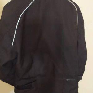 Πωλείται μπουφάν μηχανής scott storm μ ε προστασία αγκώνες και ώμους.αρχικη τιμή αγοράς 260 πωλείται 70