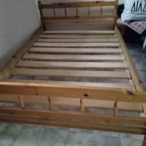Ξύλινο κρεβάτι Ρουστικ