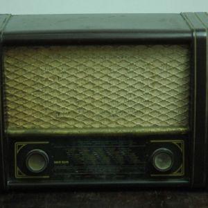 Ραδιο αντικα απο βακελιτη