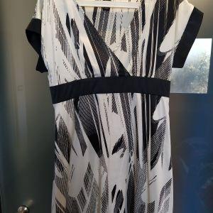 ασπρόμαυρο midi H&M size L φόρεμα καινούριο