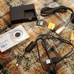 Olympus C-25 Camera 8.0 megapixel