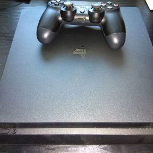 PS4 slim αριστο!
