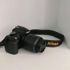 ΝΙΚΟΝ D3100  DSLR camera  με τσάντα μεταφοράς Nikon και Memory Card 8GB