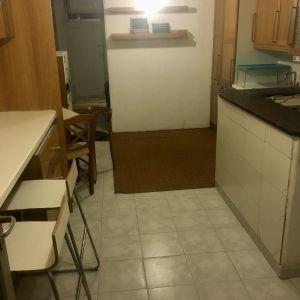 Διαμέρισμα 52 τμ πλήρως επιπλωμένο , ημιυπόγειο 7 σκαλοπάτια μόνο ,Κυψέλη
