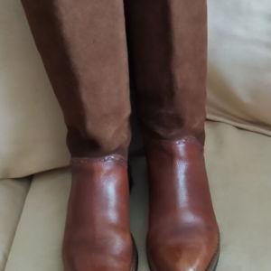 Vintage δερμάτινες μπότες.