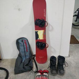 ΠΛΗΡΕΣ SET SNOWBOARD (FLOW SNOWBOARD, MAXDRIVE BOOTS, SALOMON CORE-TEX GLOVES, SUNGLASSES BOLLE)