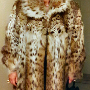 Πωλείται γούνα αυθεντική lux cat 4000