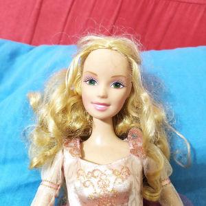 Barbie in the 12 princesses Genevieve