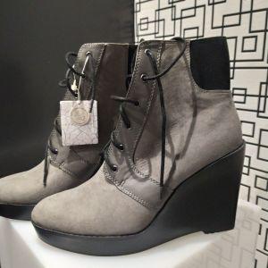 Zara boots, brand new 42 size