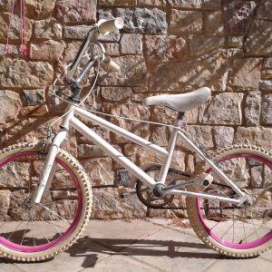 Ποδήλατο BMX 18΄ ιντσών.