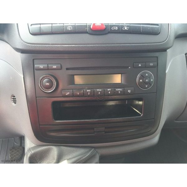 radio CD gnisio MERCEDES.