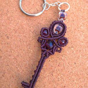 Μπρελόκ *KEY* για κλειδιά, με τεχνη μακραμε χειροποιητο. Καινουργιο.