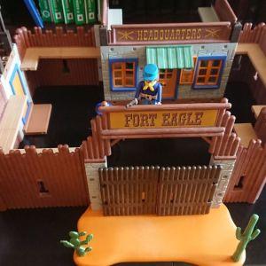 Playmobil Fort Eagle 3023