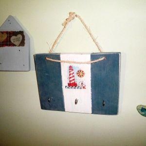 Ξύλινα διακοσμητικά τοίχου (βαμμένα, με ντεκουπάζ κλπ)