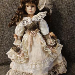Μεγαλη πορσελάνινη διακοσμητική κούκλα