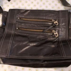 Δερμάτινη τσάντα Bally