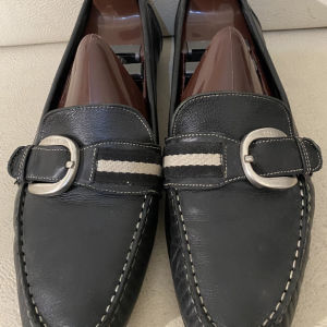 extremely gorgeous extravagant elegant unique genuinely leather moccasins loafers by Bally made in Italy unisex size 41