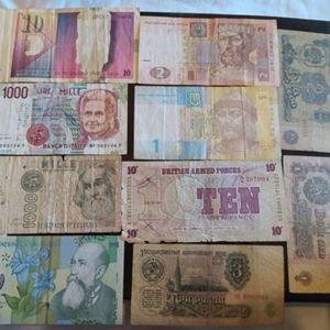 λοτ 10 ξενων χαρτονομισματων