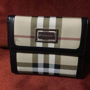 Burberry πορτοφόλι