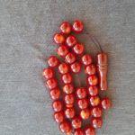ΚΟΜΠΟΛΟΙ ΑΠΟ ΦΑΤΟΥΡΑΝ ΚΕΧΡΙΜΠΑΡΙ ΧΡΩΜΑΤΟΣ CHERRY ΜΕ 36 BEADS - ΧΑΝΤΡΕΣ, ΚΑΙ 34,93 ΓΡΑΜ. ΒΑΡΟΣ