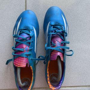 Ποδοσφαιρικά Παππούτσια Adidas Αυθεντικά-Σπάνιο Μοντέλο-Νούμερο:41,5