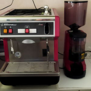 μηχανή espresso simonelli nuova